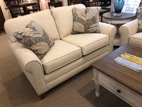 Picture of TAILOR MADE LOVESEAT