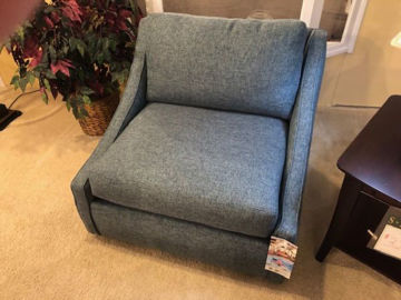 Picture of ROMEE SWIVEL CHAIR