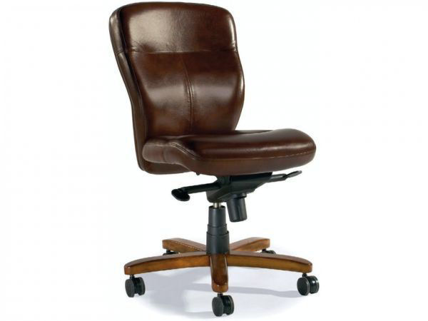 Picture of PADOVANELLE MOGANO EXECUTIVE SWIVEL TILT CHAIR