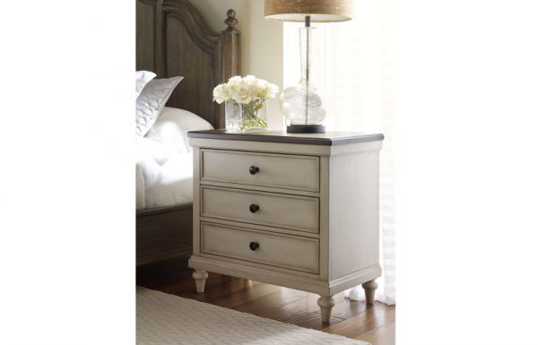 Picture of BROOKHAVEN 3-DRAWER NIGHT STAND