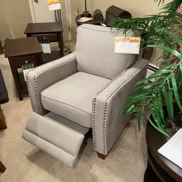 Picture of POWER RECLINING CHAIR